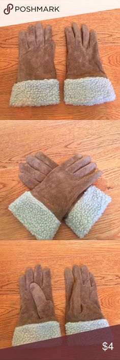 Missimo Supply & Co Sz Small Gloves In good preowned condition Mossimo Supply Co Accessories Gloves & Mittens