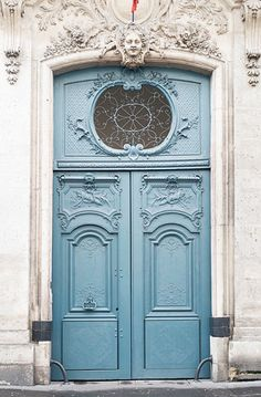 Paris Photography - Le Porte Bleu