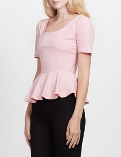 LE3NO Womens Fitted Scoop Neck Short Sleeve Peplum Top with Stretch