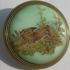 "1 1 4"" ""Rabbit Hare"" Pastel Green Czech Glass Sport Hunting Picture Button 