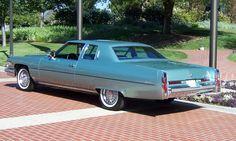 1976 Cadillac Coupe DeVille d'Elegance