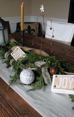 2013 Christmas Table Roundup PART2 - #christmas #table #decorating