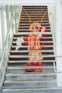 Chinese opera #OmniArt #PMQ #PMQHK #AberdeenStreet #HollywoodRoad #StauntonStreet #SheungWan #Central #Design #Fashion #Historical #Culture #Heritage #Lifestyle #Shops #Local #Designers #Tourist #Spot #Travel #Travelling #HongKong #HK #HongKongonSteps #StreetArt #Steps #Stairs #Artist #Taiwan #France #SouthKorea #Japan #元創方 #香港 #旅遊 #景點 #DiscoverHongKong