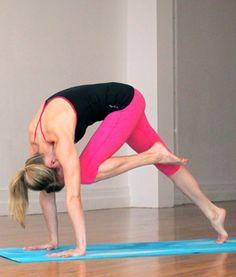 Yoga Poses That Burn Fat and Calories