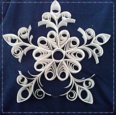 My preparation Quilling Images, Paper Quilling, Snowflakes, Arts And Crafts, Christmas Ornaments, Projects, Pattern, Hearts, Quilling