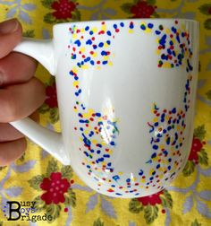 3 Easy Crafts for Kids for Father's Day Fun! 3 Easy Crafts for Kids for Father's Day Fun! - This DIY Mug with Kids is so cute! Add a cross and it's a great gift for a priest, religious, pastor, CCD teacher, or Sunday school teacher! Sunday School Crafts For Kids, Bible School Crafts, Sunday School Teacher, Mothers Day Crafts For Kids, Fathers Day Crafts, Children Crafts, School Classroom, Easy Toddler Crafts, Simple Crafts
