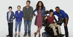 Speechless Pilot Reivew: Minnie Driver as a crazed mother? Yes Please. I want to see that pilot. A politically incorrect comedy? Yes PLease. I want to see that pilot. John Ross Bowie has the colead role he never gets and plays the husband of Minnie Driver´s. The show will deal with cerebral palsy. So far …