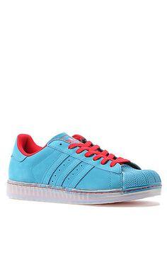 Adidas Sneaker Superstar CLR in Hero Blue and Light Scarlet
