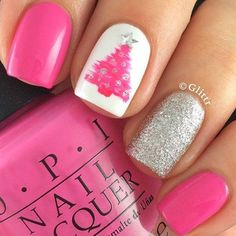 Are you looking for some cute nails desgin for this christmas but you are not sure what type of Christmas nail art to put on your nails, or how you can paint them on? These easy Christmas nail art designs will make you stand out this season. Christmas Tree Nails, Christmas Nail Art Designs, Holiday Nail Art, Xmas Nails, Pink Christmas, Beautiful Christmas, Simple Christmas, Xmas Tree, Christmas Manicure