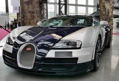 Der Bugatti Veyron auf der Cabrio & Sportscars Messe in Düsseldorf