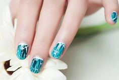 Combining two different crackles, seems difficult but looks amazing!