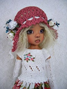 """Roses Knit Outfit for Kaye Wiggs' MSD size BJD 18"""" Doll Layla , made by Ulla"""
