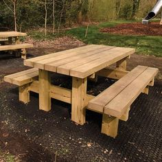 Bench Picnic Table Plans Lovely Land Picnic Bench In 2019 Diy Picnic Table, Outdoor Picnic Tables, Wooden Picnic Tables, Picnic Table Plans, Diy Dining Table, Outdoor Furniture Plans, Woodworking Furniture, Hookah Lounge Decor, Garden Table