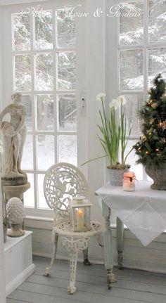 Aiken House & Gardens: A White Christmas