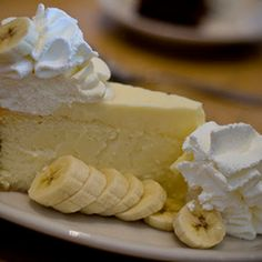 Out of This World Banana Cream Cheesecake