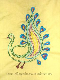 Peacock Embroidery Designs, Hand Embroidery Patterns Free, Hand Embroidery Dress, Kurti Embroidery Design, Embroidery Flowers Pattern, Hand Embroidery Stitches, Embroidery Techniques, Embroidery Works, Kutch Work Designs