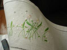 embroidery  per centro tavola
