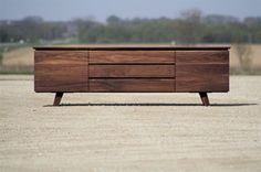 Eastvold Furniture - Classic Sideboard modern-buffets-and-sideboards