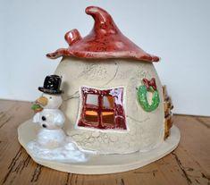 Keramik Windlicht, Elfenhaus mit Schneemann