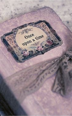 Image discovered by Emma Fane. Find images and videos about pink, beauty and vintage on We Heart It - the app to get lost in what you love. Old Books, Vintage Books, Children's Books, Princess Aesthetic, Book Aesthetic, I Love Books, Once Upon A Time, Book Lovers, Book Worms
