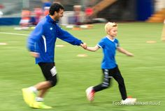 "Barrantes enjoying ""teaching"" - Football School School Football, Soccer, Teaching, Sports, Hs Sports, Futbol, Sport, Learning, European Football"
