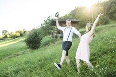 Engagement-Shooting im Wald Engagement Shoots, Passion, Wedding Photography, Engagement Photos, Engagement Photography
