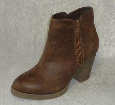 Arizona boots Patti Fashion Ankle Booties girls youth size 5 NEW  26.99 http://www.ebay.com/itm/Arizona-boots-Patti-Fashion-Ankle-Booties-girls-youth-size-5-NEW-/262325268051?ssPageName=STRK:MESE:IT