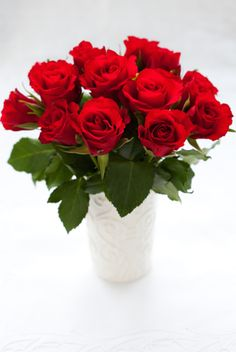 Did you know- Never send red flowers with thorns to your love, wife or husband as this could kill your romance. It signifies eventual separation and creates the cause for one party to find someone else.