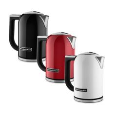 These handsome electric kettles from KitchenAid® bring modern design and welcome innovation into your kitchen. Convenient features include variable temperature settings (adjustable from to F) and a handle top digital temperature display. Kitchen Gourmet, Red Kitchen, Small Kitchen Appliances, Kitchen Gadgets, Kitchen Things, Kitchen Tools, Kitchen Necessities, Ceramic Teapots, Cooking Gadgets