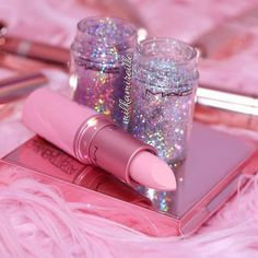 Newest mac makeup collection - Best of Wallpapers for Andriod and ios Pink Tumblr Aesthetic, Baby Pink Aesthetic, Bad Girl Aesthetic, Sombra Mac, Mode Rose, Glitter Photography, Pink Photo, Mac Makeup, Clown Makeup