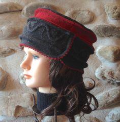 Chapeau pour femme rouge et gris avec bordure ourlet par knitvalley