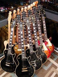 Gibson Les Paul Electric Guitars
