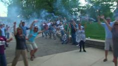 The Grand Rapids LipDub (NEW WORLD RECORD). Amazes me every time