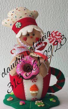 ginger en taza Gingerbread Crafts, Christmas Gingerbread Men, Gingerbread Decorations, Mary Christmas, Christmas Sewing, Christmas Candy, Christmas Themes, Christmas Crafts, Christmas Decorations
