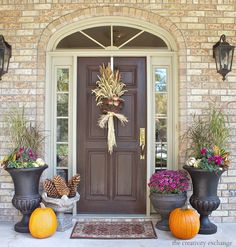 Fall front porch decorating ideas.  The Creativity Exchange