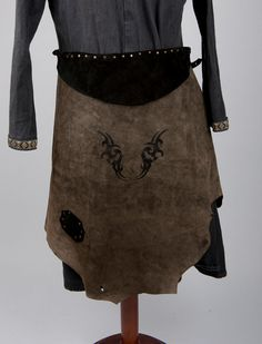 Leather dark green and black skirt with tribal paintings larp lrp Game of Thrones Dothraki post apocalyptic