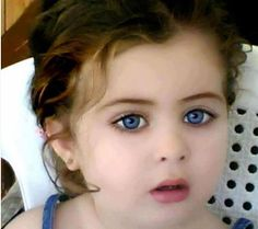 Her eyes <3...wow, what a beautiful baby girl!!!