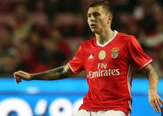 In recent weeks it has reported that Victor Lindelof agent has been in talks with Manchester Uni...