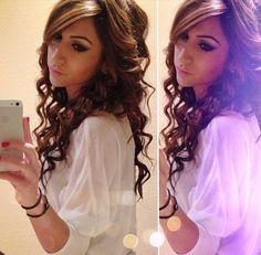 curls, tight curls, brown and blonde hightlights, hair, Conair curling wand,
