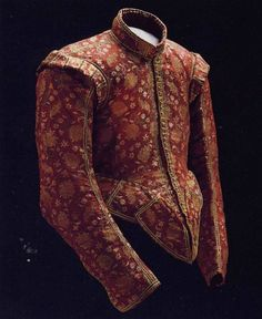 Extremely nice doublet, unknown provenance but must be rather early century. Notice the waist and the long row of holes for tying the breeches with points and laces. Elizabethan Fashion, Tudor Fashion, Baroque Fashion, Vintage Fashion, Elizabethan Costume, 17th Century Clothing, 17th Century Fashion, Renaissance Mode, Renaissance Fashion