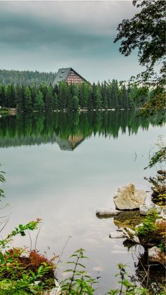 Štrbské pleso and Popradské pleso - easy hike in High Tatras Slovakia Hiking Routes, Hiking Trails, Best Countries To Visit, High Tatras, Tatra Mountains, Closer To Nature, Mountain Resort, Best Hikes, Vacation Trips