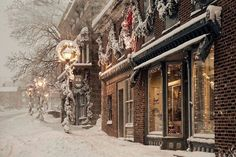 I would love to walk through this town during Christmas