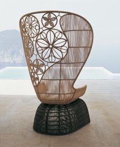 Designer: Patricia Urquiola