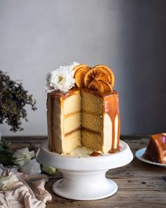 A good vanilla cake or yellow cake, is a baker's essential. Here is my best vanilla and orange cake with grapefruit curd and salted caramel. Grapefruit Curd, Candied Orange Slices, Caramel Bits, Sugar Icing, Easy Banana Bread, Cake Tins, Cream Cheese Frosting, Baking Ingredients, Vanilla Cake