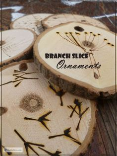 Branch Slice Ornaments decorated with pyrography. Rustic Cafe, Rustic Logo, Rustic Restaurant, Rustic Desk, Rustic Lamps, Rustic Doors, Rustic Chandelier, Rustic Office, Bedroom Rustic