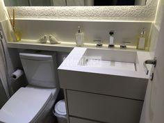 Azulejos lindos atrás da pia + iluminação em LED embutida no espelho S2 Led, Washing Machine, Sink, Bathtub, Vanity, Home Appliances, Bathroom, Storage, Furniture
