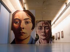 Charley Toorop (1891-1955) geldt als de krachtigste vrouw in de Nederlandse schilderkunst van de twintigste eeuw. Ze schiep een eigenzinnig, zelfbewust en sociaal bewogen oeuvre. Z Arts, Dutch Painters, Dutch Artists, Art History, Design Art, Colours, Fine Art, Gallery, Artwork