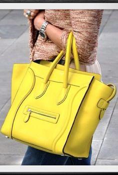 b31d645403 Fashion Celine Bag Sac Celine, Sac Cabas, Valise, Accessoires, Chaussures  De Luxe