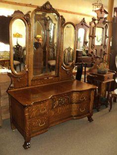 vintage vanity dresser with mirror. Quarter Sawn Oak Vanity Dresser w  3 Beveled Mirrors Circa 1900 antique vanity dresser with mirror and stool drawers