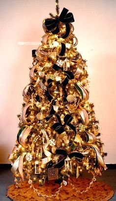 Christmas Tree Decorations 2014 a beautifully decorated new orleans saints christmas tree
